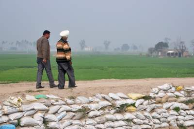 Punjab farmer on dam